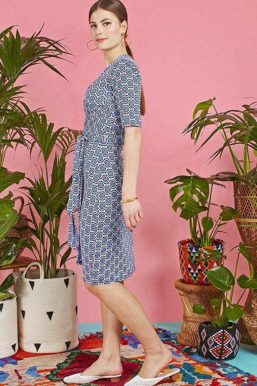 Onjenu Pitot Selene Red & Blue Print Sash Dress