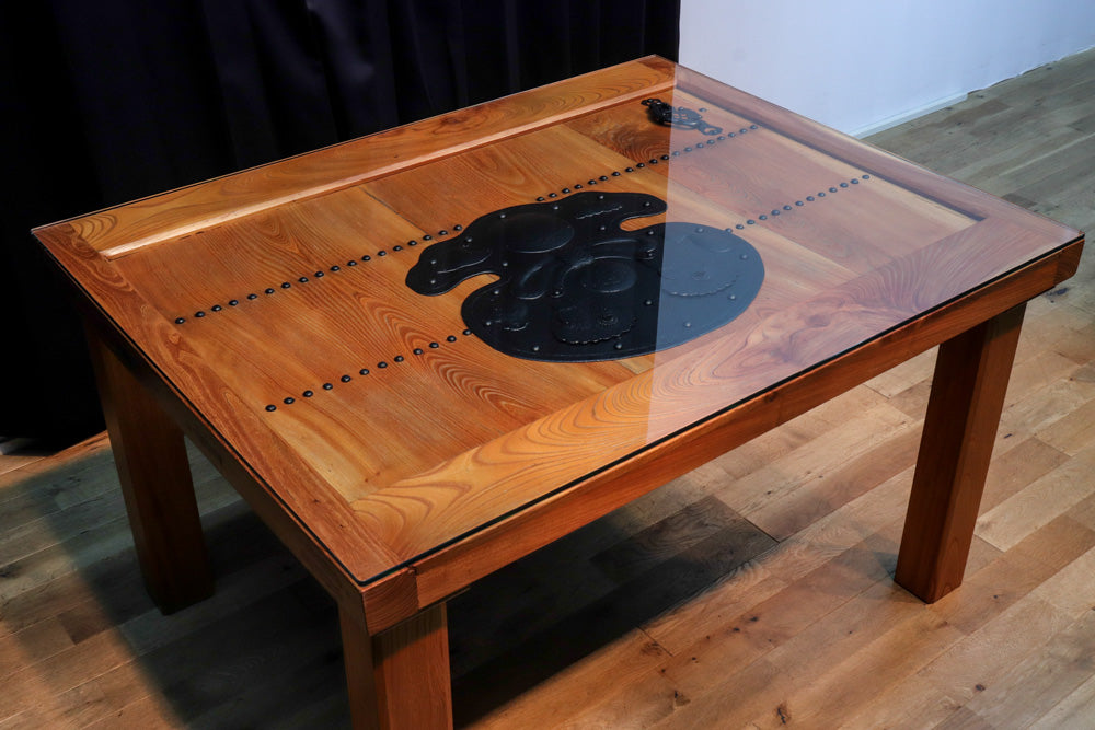 So-an!! Creative dining table with glass top using Kurato boldly Ba8689
