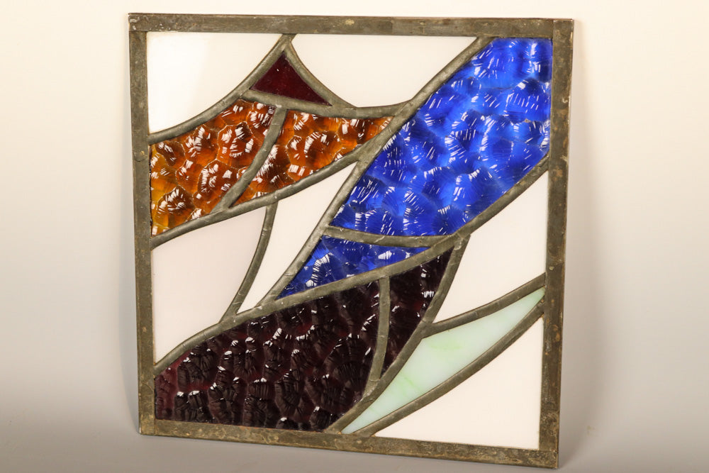 In a very modern design, you have a nice stained stained glass, DB7421.