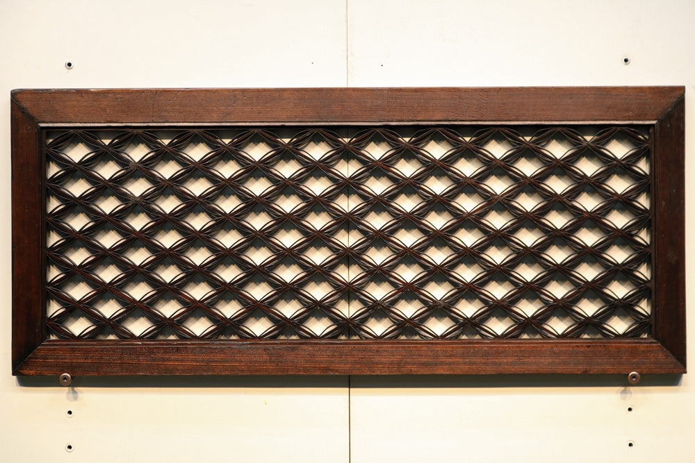 Small transom E8270 with cloisonné pattern in order to calm color 1 piece in stock