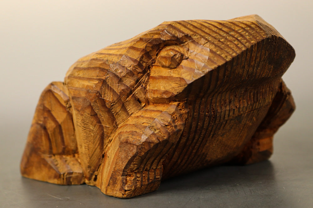 Handmade wood-carved frog rests DB7745