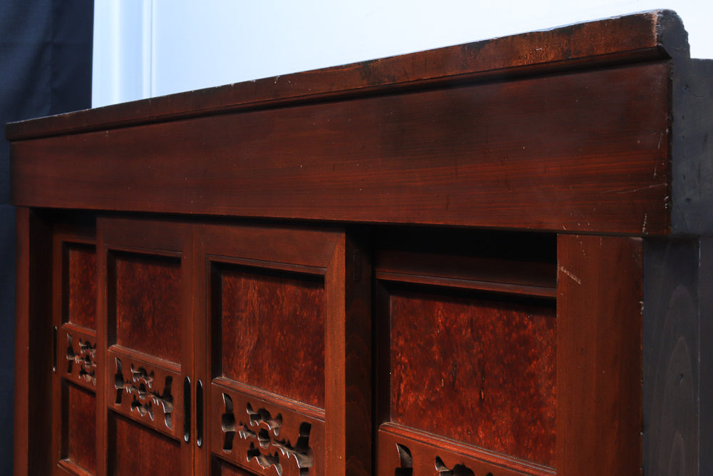 It is rare in a pole! Model change Kyoto cupboard chest Ba8469 where pure black persimmon and 珠杢 of the zelkova are wonderful