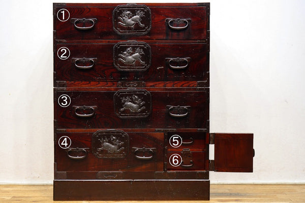 Sendai costume chest with a strong Tang Lion relief Ba9315-MT