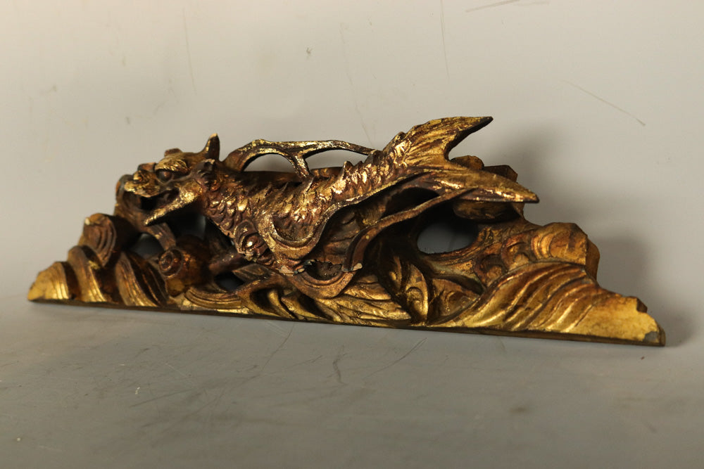 Small size !! Golden wood carving figurine with a powerful dragon drawn DB8565b