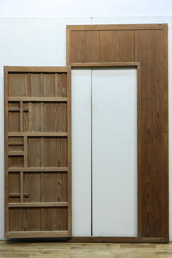 Wooden sliding door F7278
