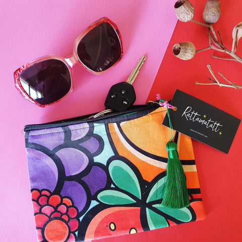 Assorted print clutch