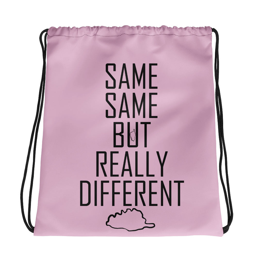 Sac à cordon, Same Same but Really Different