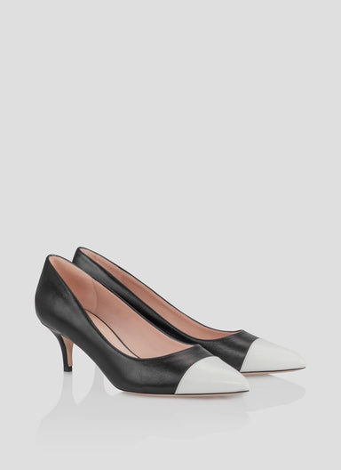 ESCADA Pointed 2 tone pump