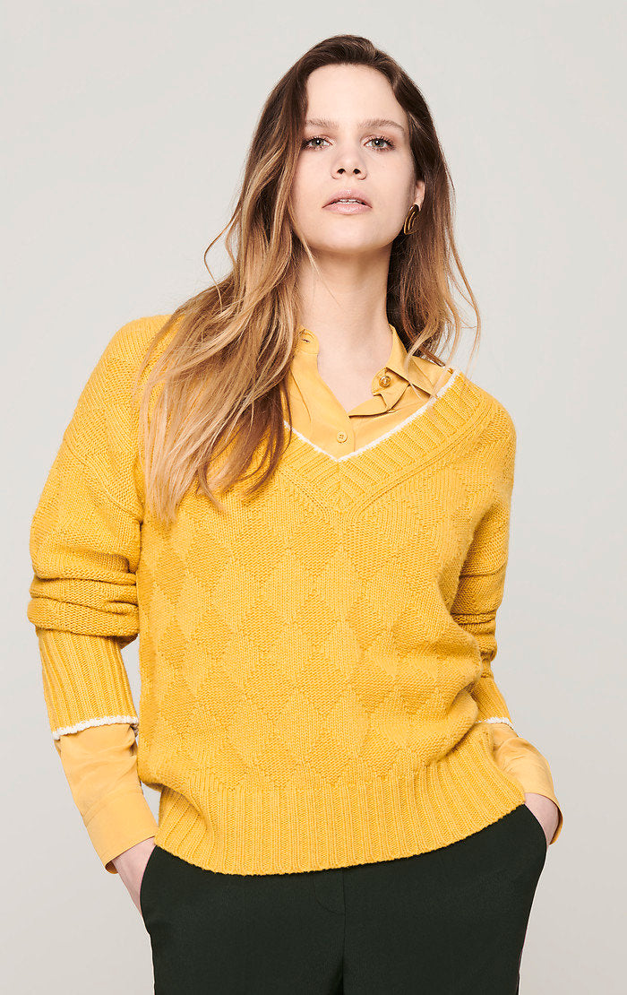 ESCADA Diamond Knit V-Neck Sweater