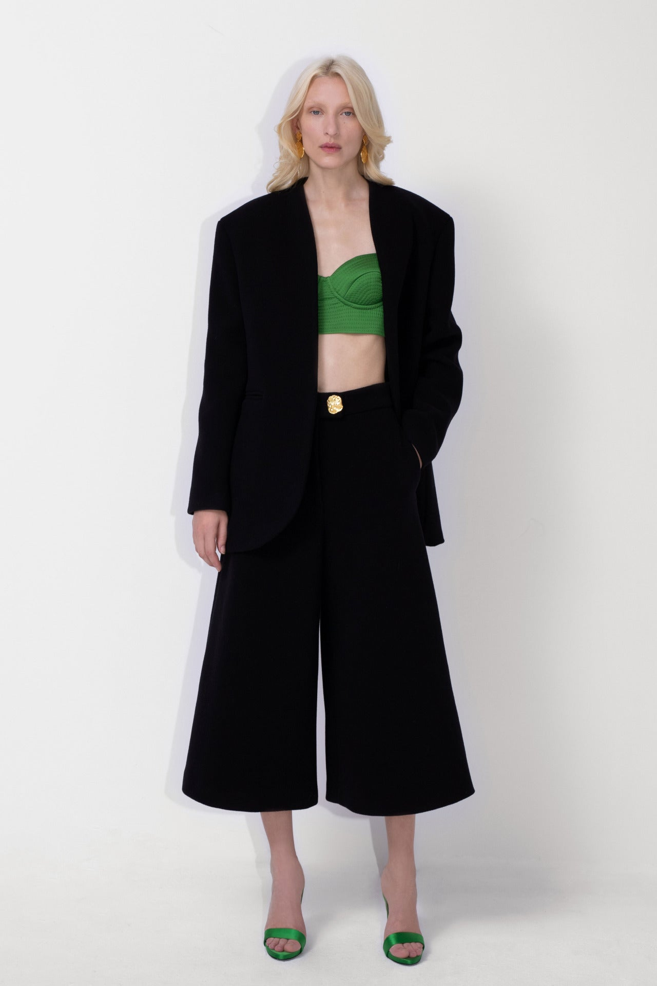 ESCADA Fall/Winter 2020 Black culotte, blazer green bustier