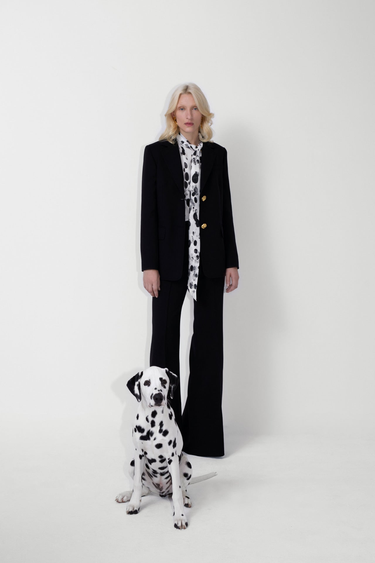 ESCADA Fall/Winter 2020 Black power suit dalmatian blouse