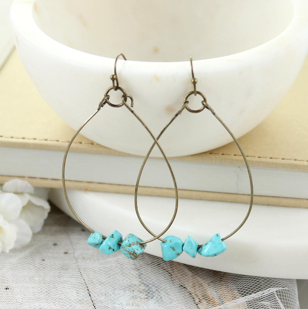 Vintage Wire Teardrop Earrings w/ Turquoise Stones