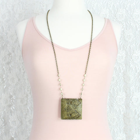 Vintage Style Etched Lace Necklace