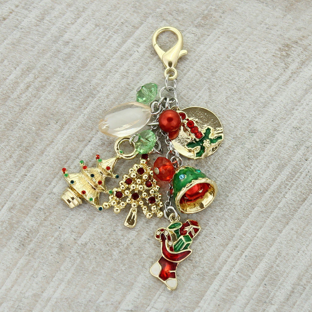 Vintage Christmas Clip-It Pendant