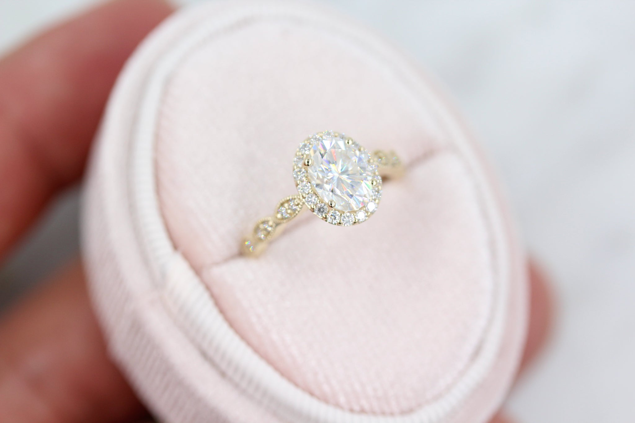 The Isla Ring (Oval) - Moissanite