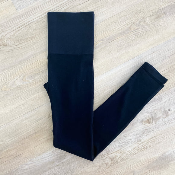 Seamless Ribbed Hi Rise Legging
