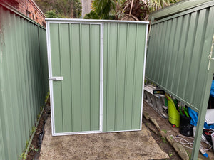 1.51 x 0.77 x 1.8-1.9 Gardenshed skillion Single door Supplied, Delivery and installation