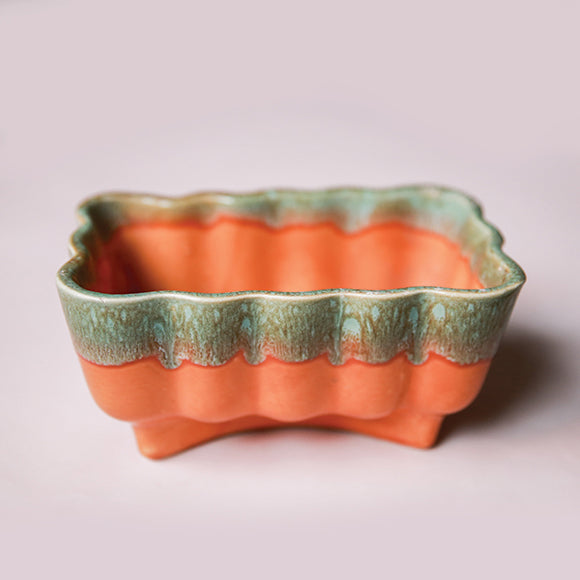 Vintage Planter - Orange Scalloped