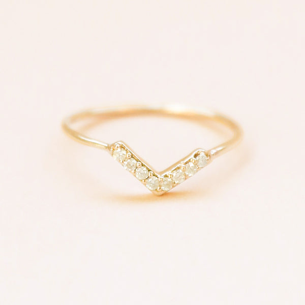 Dainty Top Diamond V Band