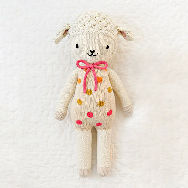 Lucy The Lamb - Little - Pigment