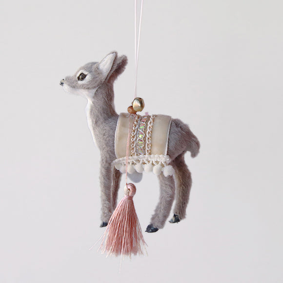 Winter Fur Deer Ornament - Pigment
