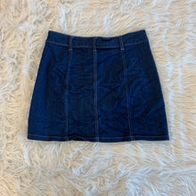 Load image into Gallery viewer, Celebrity Pink Skirt // Size 9/10 (30)