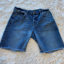 Load image into Gallery viewer, H&M Men's Shorts // Size 34