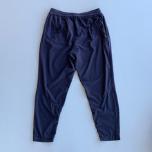 Load image into Gallery viewer, Nike Athletic Pants // Size Medium