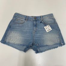 Load image into Gallery viewer, Zara Shorts // Size 15/16