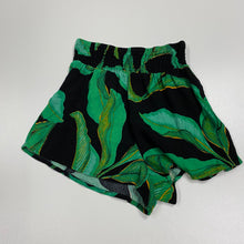 Load image into Gallery viewer, Womens Shorts // Size 00