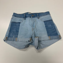 Load image into Gallery viewer, PacSun Shorts // Size 2