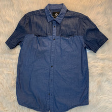 Load image into Gallery viewer, Guys Denim Short Sleeve // Size Large