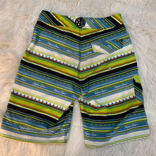 Load image into Gallery viewer, Men's Maui and Sams Shorts // Size 28