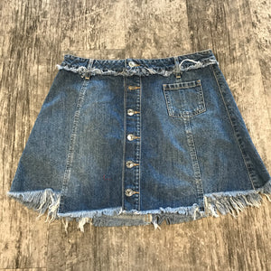 Guess Skirt // Size 7/8
