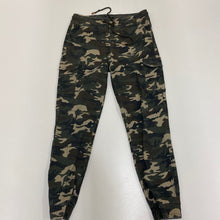 Load image into Gallery viewer, Elite Pants // Size Medium