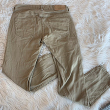 Load image into Gallery viewer, Men's Khakis // Size 28