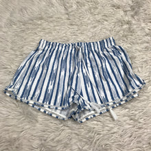 Load image into Gallery viewer, H&M Shorts // Size Medium