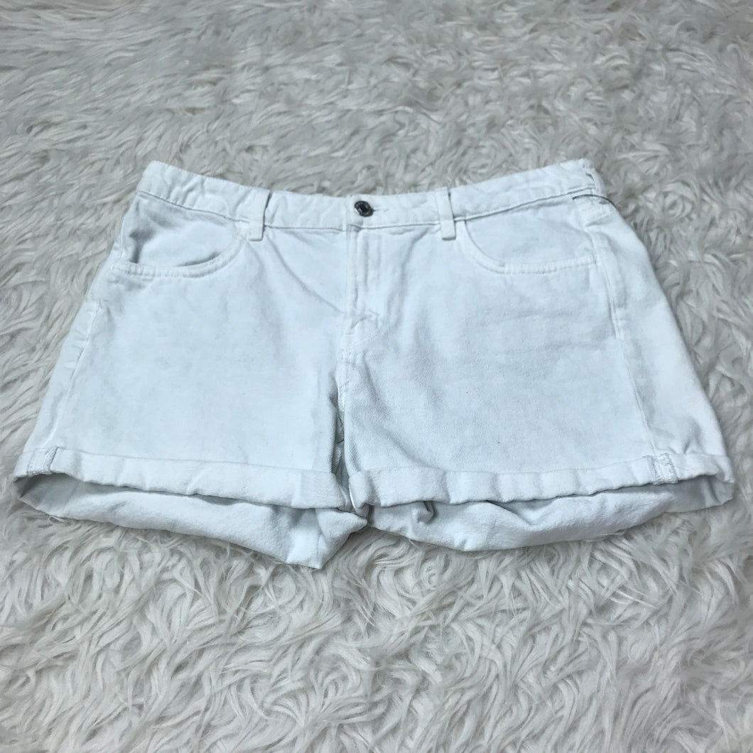 H&M Shorts // Size 9/10 (30)