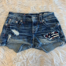 Load image into Gallery viewer, Miss Me Shorts // Size 2 (24)