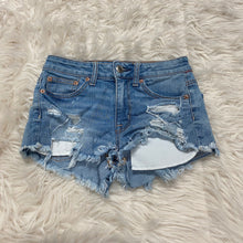 Load image into Gallery viewer, American Eagle Shorts // Size 00