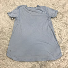 Load image into Gallery viewer, Lululemon Short Sleeve // Size Medium