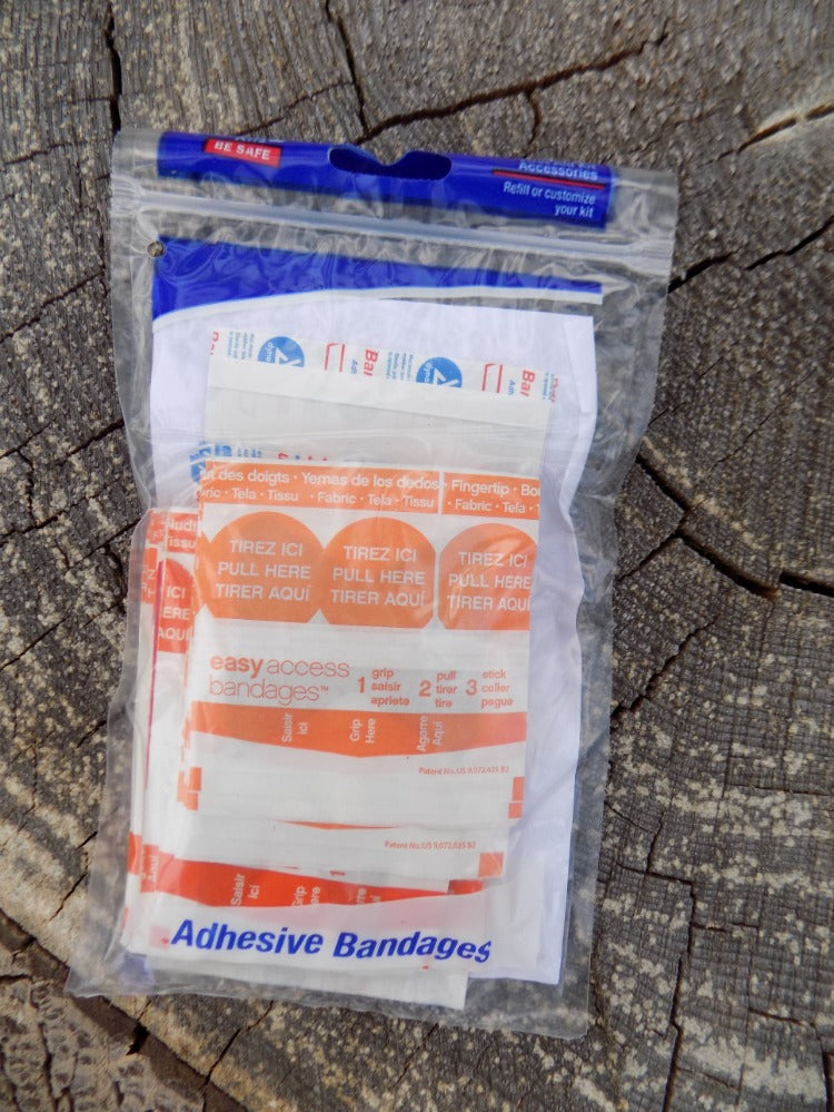 Survival - Adhesive Bandage Pack Closed - Wilderness Survival Systems : Picture