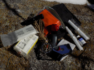 Survival - Compact Outdoor Survival Kit - Wilderness Survival Systems : Picture