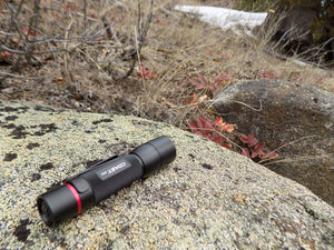 Compact Outdoor Survival Kit Coast Flashlight: Picture