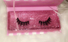 Load image into Gallery viewer, 24K Sugar - Unsweetened 3D Mink Lashes - glitter lash box - very natural lash style