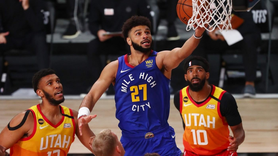 Jamal Murray makes a lay up against the Utah Jazz in the 2020 NBA Playoffs