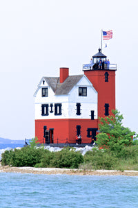 Round Island Lighthouse Lenticular Postcard