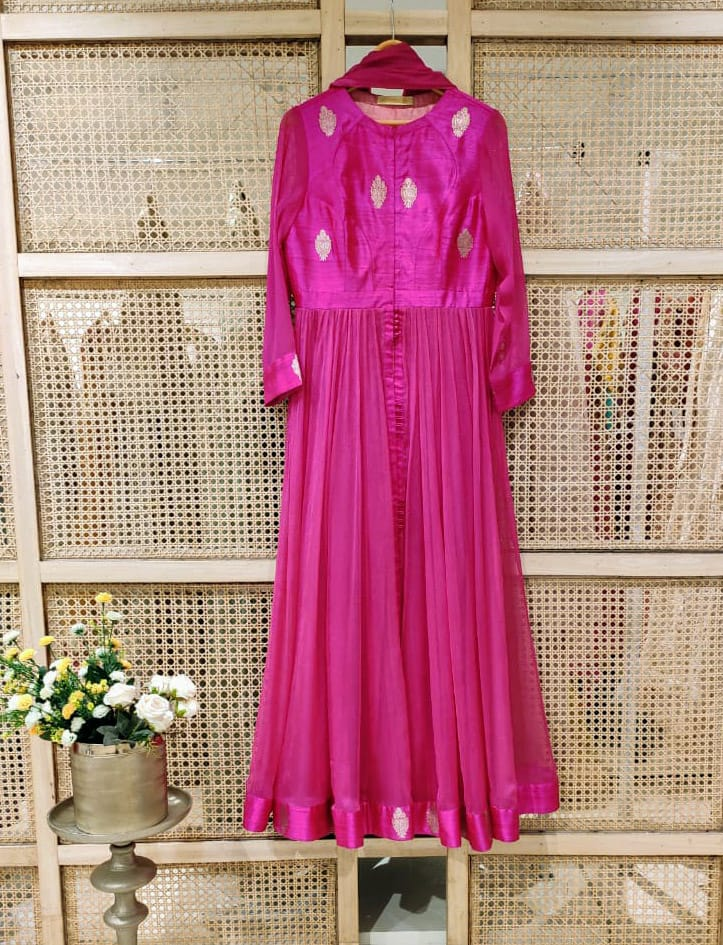 Fuchsia Anarkali Set.