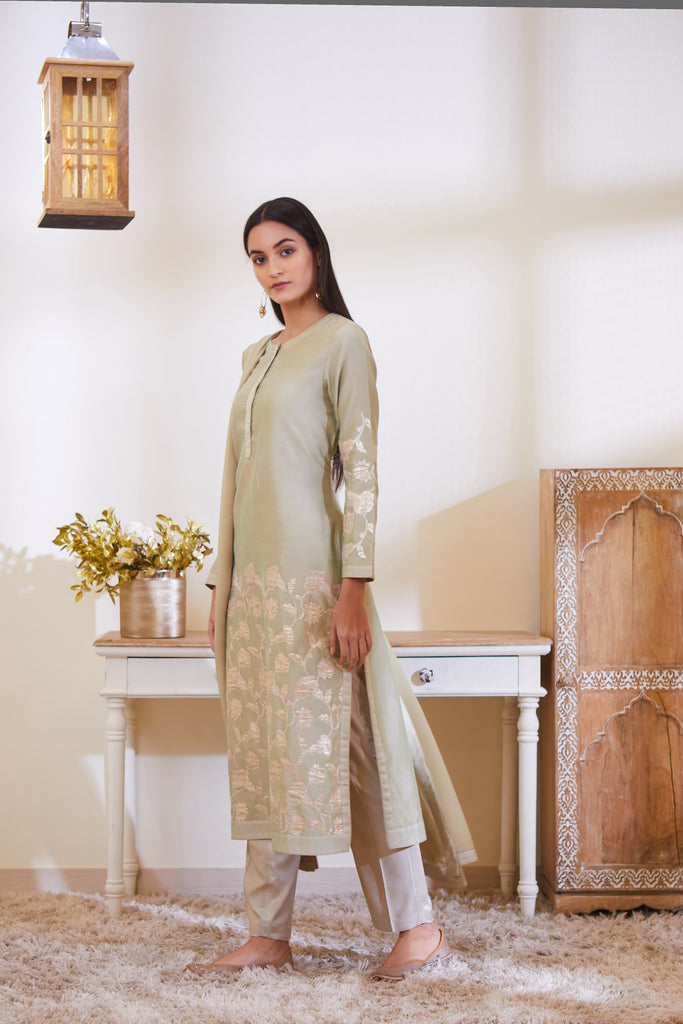 Fog Green Kurta Set.