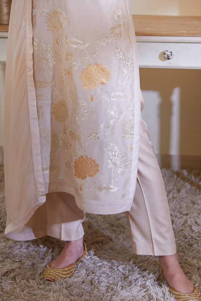Neutral Kurta Set.